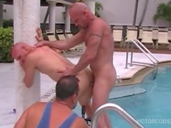 Chad Brock Barebacks and Breeds Cole Sexton