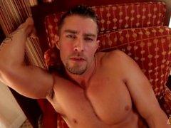 CodyCummings And His Amazing Muscles Masturbating