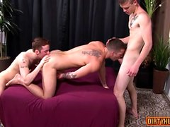 Muscle twink threesome and cumshot