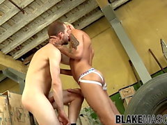 Handsome dick riders smash butts and nuts before jizzing