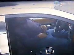 Handjob im Auto