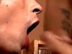 Facial twink blows load