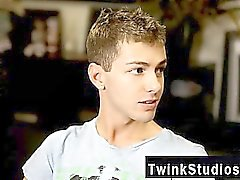 Twinks XXX Brice Carson is bragging to his mate Keith Conner