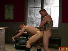 Muscle bear anal sex with facial cum