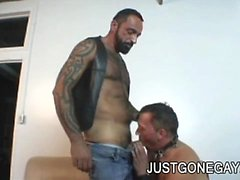 Tattooed bear Tom Colt fucks his DILF friend after getting